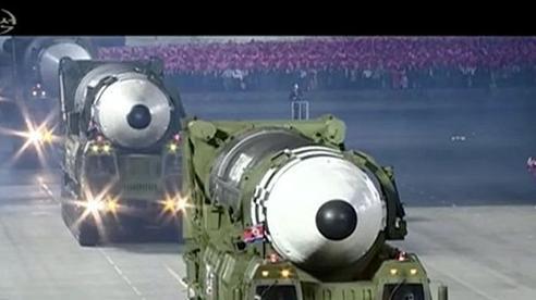 Triều Tiên với tên lửa xuyên lục địa mới: Thông điệp từ hình ảnh