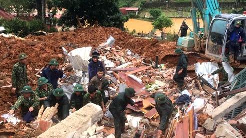 Thủ tướng: Tập trung cứu nạn, khắc phục hậu quả sạt lở đất tại Quảng Trị và Thừa Thiên Huế