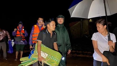 Lại xuất hiện tiếng nổ cạnh nơi tìm kiếm 22 cán bộ, chiến sĩ bị vùi lấp ở Quảng Trị