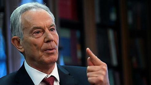 Cựu Thủ tướng Anh bị bóc mẽ 'trốn' cách ly sau khi trở về từ Mỹ