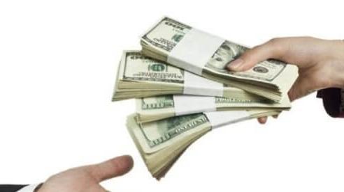 Hành vi lừa đảo và lạm dụng tín nhiệm chiếm đoạt tài sản bao nhiêu tiền thì bị khởi tố?