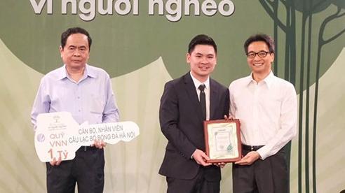 Hà Nội FC ủng hộ 1 tỷ đồng cho Quỹ Vì người nghèo