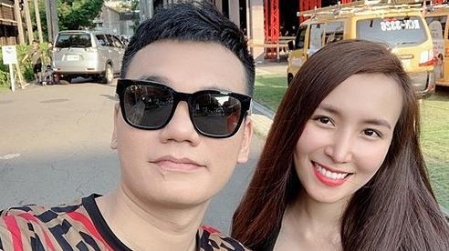Vợ Khắc Việt sinh đôi 1 trai, 1 gái