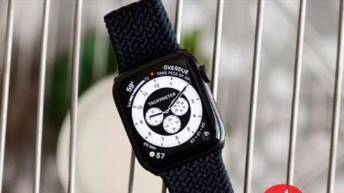 Hàng loạt Apple Watch SE bị quá nhiệt khiến hỏng màn hình, bỏng tay người đeo