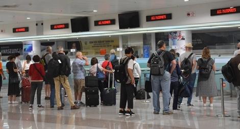 Ngăn chặn xuất cảnh trái phép trá hình du lịch