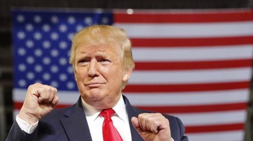 Thống đốc bang New York gọi Tổng thống Trump là bệnh nhân siêu lây nhiễm