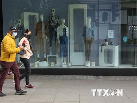 Doanh số bán lẻ của nước Anh tăng trưởng tháng thứ năm liên tiếp