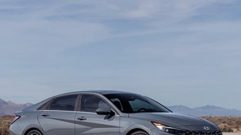 Hyundai Elantra 2021 ra mắt tại thị trường Mỹ với 3 tùy chọn động cơ