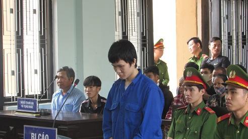 Lĩnh án 9 năm tù chỉ vì nhắc nhở 'đi xe chậm lại'
