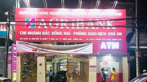 Truy bắt đối tượng xông vào cướp ngân hàng ở Đồng Nai