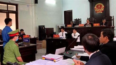 Vụ bác sỹ bị cáo buộc hiếp dâm: Nhiều mâu thuẫn