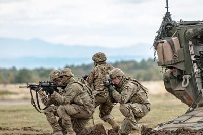Mỹ muốn tăng khả năng tác chiến khi sáp nhập hai Bộ tư lệnh Lục quân