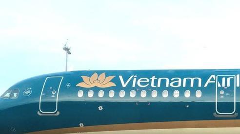 Vietnam Airlines xin lỗi vì để tiếp viên không tuân thủ quy định về cách ly