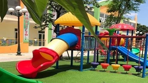 Bé 4 tuổi nhập viện cấp cứu sau khi chơi cầu trượt ở trường