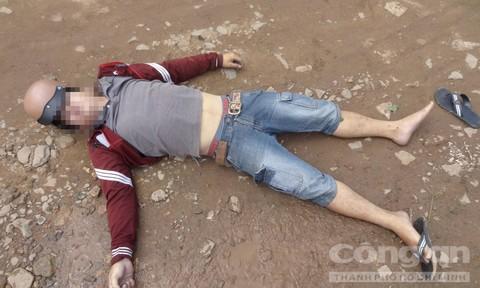 Người đàn ông nằm chết trong nghĩa trang ở Sài Gòn