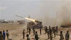 Houthi đồng loạt tấn công nhà máy dầu Saudi