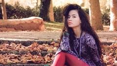 Nam người mẫu đóng chính tự tử, Đồng Lan huỷ MV
