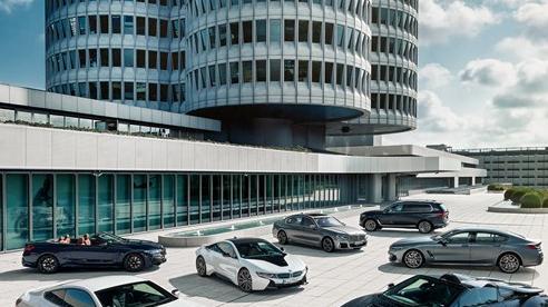 Nhà giàu Trung Quốc bung lụa sau dịch: Ồ ạt mua xe sang, doanh số tăng trưởng khó tin