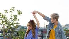 Hot streamer Cô Ngân được khen xinh hết lời khi 'cặp kè' cùng Gao Bạc trong loạt ảnh hậu trường Free Fire