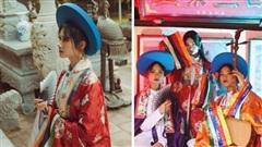 Đầu tư gần 1 năm, lớp toàn gái xinh 'chơi lớn' thuê hẳn 28 bộ cổ trang từ NTK trong MV của Hòa Minzy để chụp kỷ yếu, soi kinh phí ai cũng giật mình