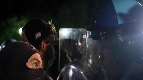 Ông Trump ca ngợi phản ứng của mật vụ trước các cuộc biểu tình
