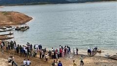 Nam sinh lớp 9 tử vong ở đập thủy điện trước giờ học thể dục