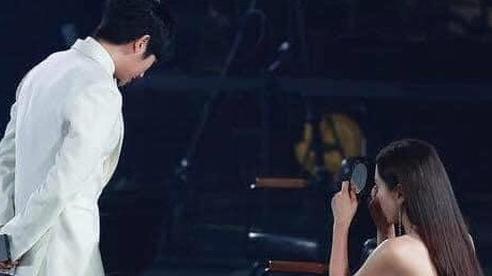 Son Ye Jin một lần nữa khẳng định 'chân tình có thể thiếu nhưng chân mày thì không' qua tình huống hài hước này