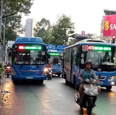 TP Hồ Chí Minh: Lượng khách đi xe buýt giảm 52%