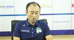 Thua tan nát trước Hà Nội, HLV Lee Tae-hoon vẫn khen học trò.