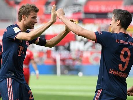 Bayern chỉ còn cách ngôi vương Bunndesliga đúng 2 trận thắng