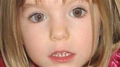 Đi nghỉ mát với gia đình, bé gái 4 tuổi mất tích 13 năm không về