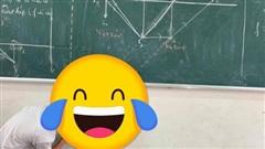 Khi hết bảng mà cô giáo lại yêu cầu vẽ hình đúng tỉ lệ, nam sinh có nước đi bá đạo khiến ai nấy ngỡ ngàng