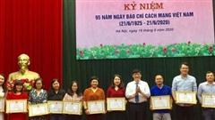 Bộ Y tế tôn vinh các cá nhân xuất sắc trong tuyên truyền phòng, chống dịch COVID-19