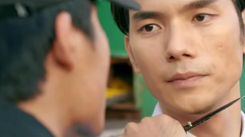 'Tình yêu và tham vọng' tập 28, Minh bị gã mặt sẹo kề dao vào cổ