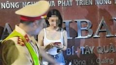 Uống rượu rồi lái xe, cô gái bỏ chạy khi thấy CSGT bị phạt 35 triệu
