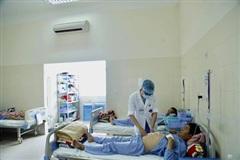 Thời tiết nắng nóng, bệnh nhân nhập viện tăng đột biến