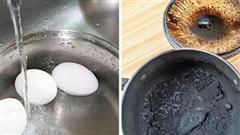Mẹ chồng nhờ luộc trứng nhưng đãng trí làm cháy thành tro, cô nàng cầu cứu cư dân mạng cách xử lý và cái kết 'khét lẹt'