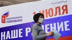 Tỷ lệ cử tri Nga đi bỏ phiếu trực tuyến về sửa đổi Hiến pháp ngày đầu tiên vượt 52%
