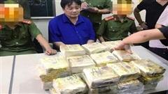 Bắt đối tượng vận chuyển 50kg ma túy trên xế hộp