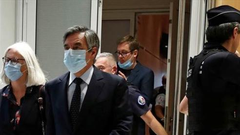 Cựu thủ tướng Pháp lĩnh án tù