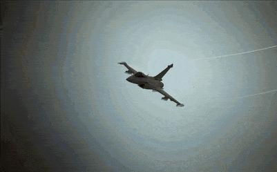 Rafale bay thẳng ra biên giới ngay khi về Ấn Độ, New Delhi dốc toàn lực đối phó Bắc Kinh