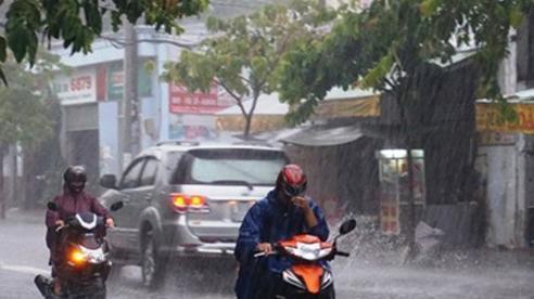 Miền Bắc sắp kết thúc đợt nắng nóng gay gắt trên 40 độ, đón mưa dông