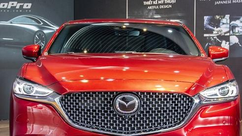 Mazda6 2020 chốt giá rẻ nhất 889 triệu đồng: Giẫm chân 'đàn em' Mazda3, hưởng chính sách giảm 50% phí trước bạ