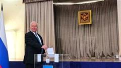 Bỏ phiếu trưng cầu dân ý sửa Hiến pháp Nga tại Hà Nội