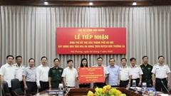 Thành phố Hà Nội trao 38 tỷ đồng cho Bộ Tư lệnh Hải quân