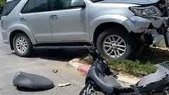 UBKT Tỉnh ủy Nghệ An lên tiếng về xe công gây tai nạn, cán bộ đứng cầm điện thoại