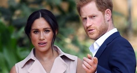 Vợ hoàng tử Harry tố gia đình hoàng gia Anh 'không bảo vệ' mình