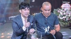 Quang Hà: 'Em hát để xin tiền đấy ạ! Các anh chị có tiền không, cho em đi'