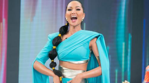 H'Hen Niê hóa công chúa Jasmine trên sàn diễn