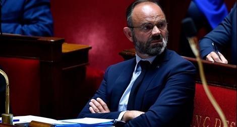 Thủ tướng Pháp và toàn bộ nội các tuyên bố từ chức